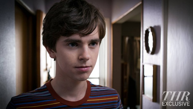 16 New Images From A&E's Psycho Prequel Series 'Bates Motel' Hit The Web! 19