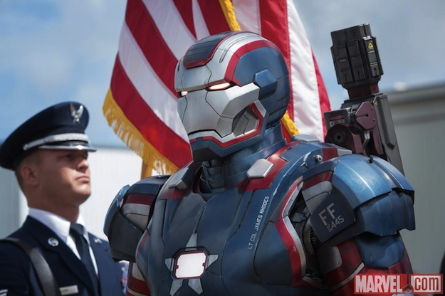 Take A Peek At Four New Images From 'Iron Man 3' 8