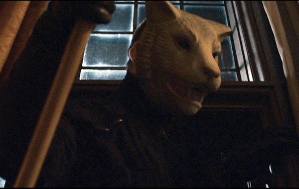 [Blu-Ray Review] 'You're Next' is a brutally fun home invasion thriller and one of the best horror films released in 2013; Arrives on Blu-Ray & DVD January 14, 2014 From Lionsgate Home Entertainment 16