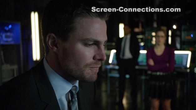 Arrow-Season.2-BluRay-Image-01