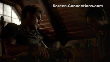 The.Vampire.Diaries-Season.5-BluRay-Image-04
