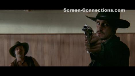 in-a-valley-of-violence-blu-ray-image-03
