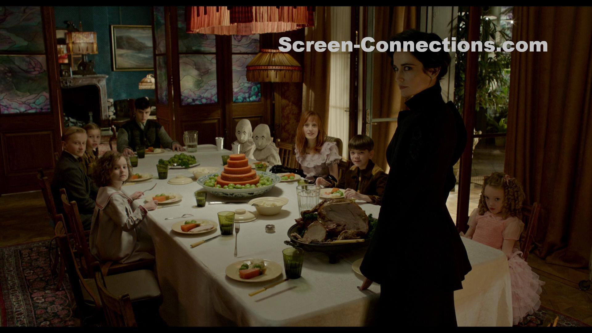 Blu Ray Review Miss Peregrine S Home For Peculiar Children Now