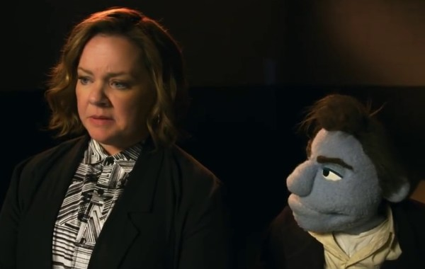 A New Red Band Trailer For 'The Happytime Murders' Delivers More Hilariously Offensive Puppet Fun 7
