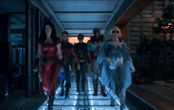 The New Full Trailer For Season 2 Of DC's 'Titans' Is Here! 4