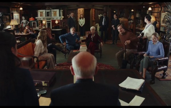 The Final Trailer For Rian Johnson's 'Knives Out' Brings Old School Whodunit Fun! 4