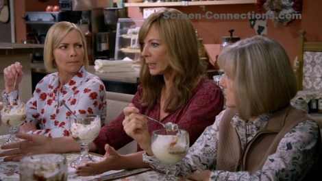 [DVD Review] 'Mom: The Complete Seventh Season'; Now Available On DVD From Warner Archive 12
