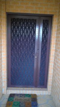 Decorative Diamond Grille Door Craigieburn | Screen Doors