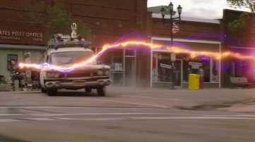 ghostbusters-ecto1-02