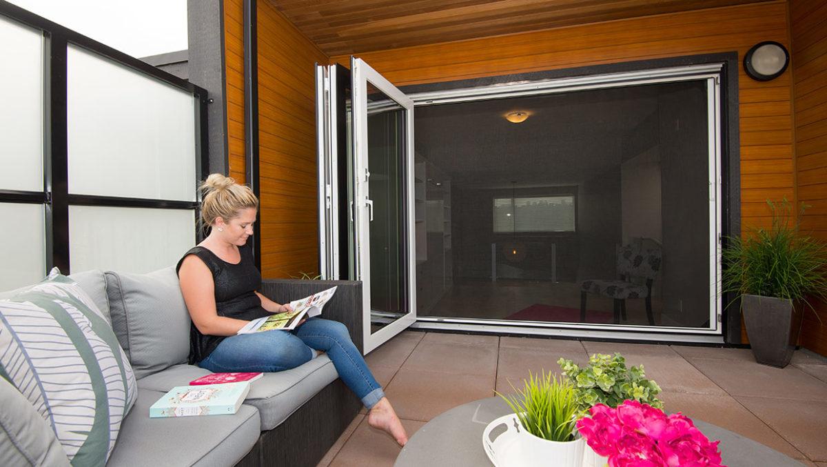 helpful articles on large door screens