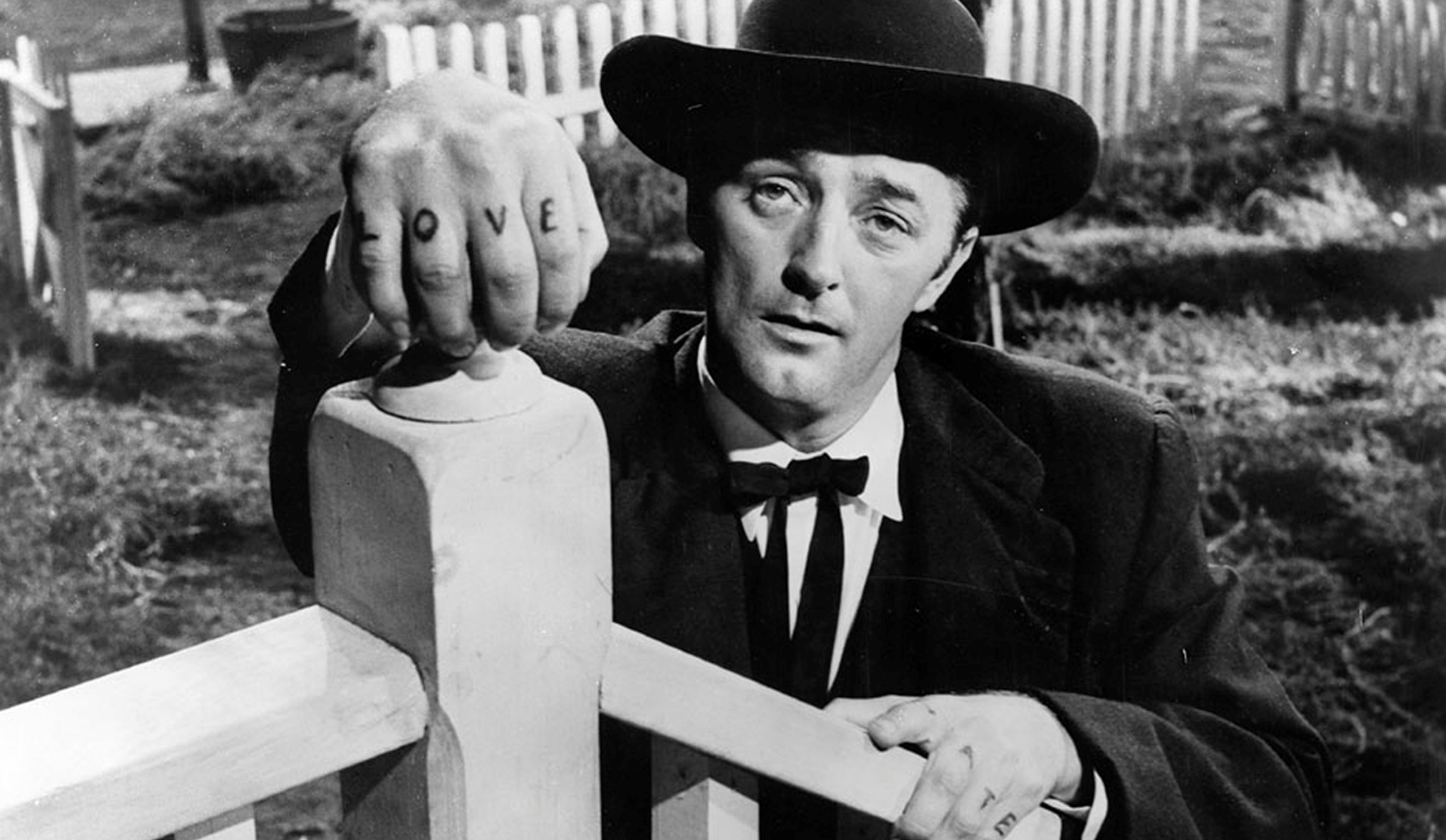 night of the hunter robert mitchum