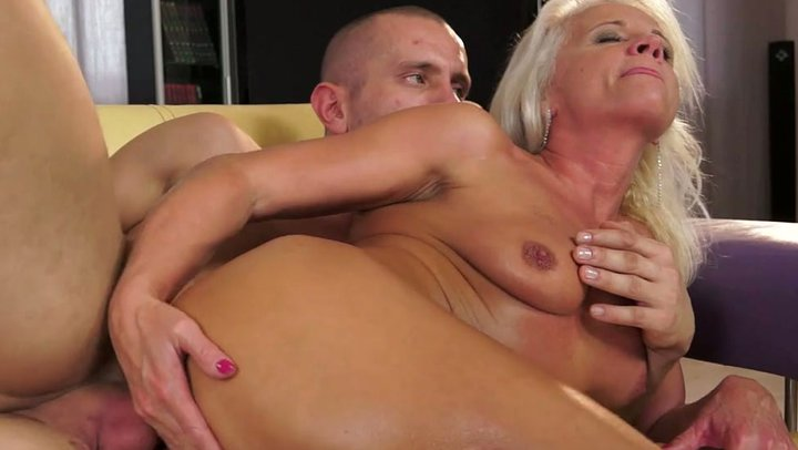 Outrageous granny is fucking in hardcore anal sex video