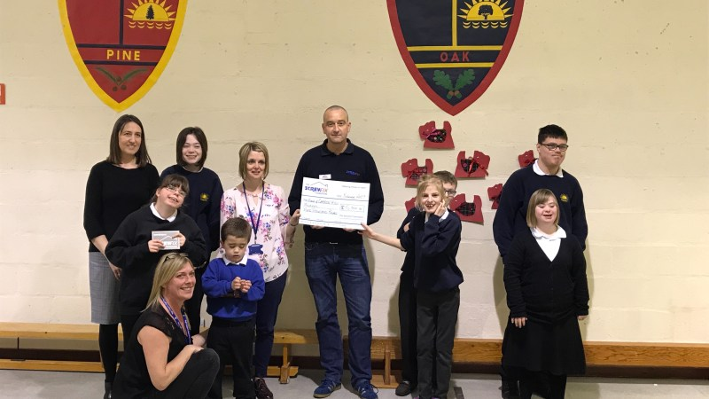 Friends of Carronhill School receive a helping hand from the Screwfix Foundation