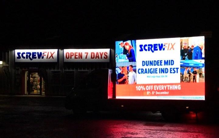 Dundee celebrates new Screwfix store opening
