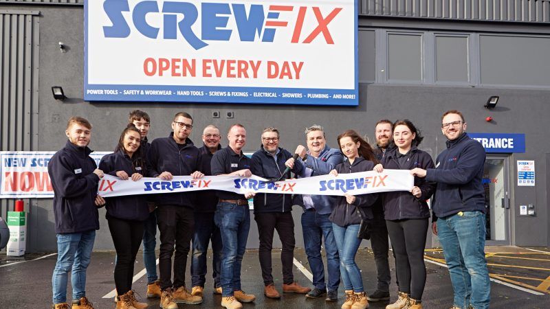 Simon Delaney Officially Opens New Screwfix Store in Sandyford