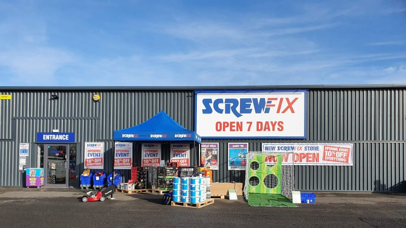 Screwfix opens its third Hull store