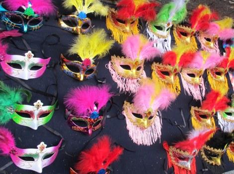 masks, carnaval masks, Venetian masks, Carnaval, Cadiz, Carnaval de Cadiz, family