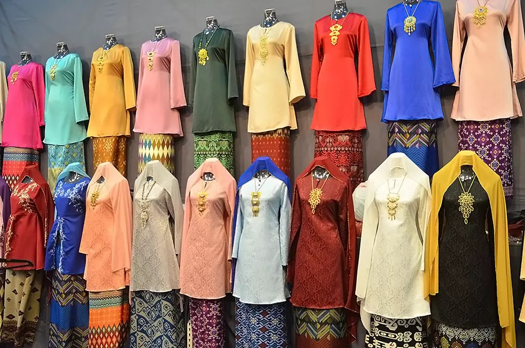 Baju Kurung on sale at Geylang Serai Bazaar 2017