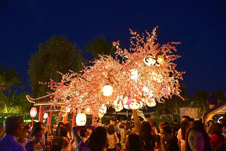 Mid-Autumn Festival Illuminations in Singapore 2017