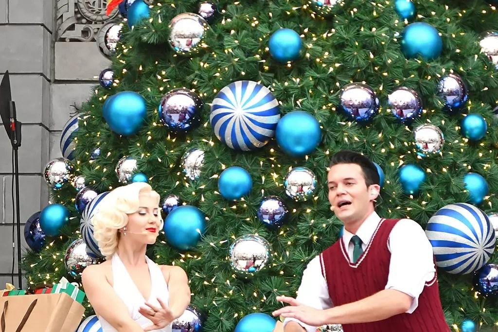 A Universal Christmas 2018 | Marilyn Monroe