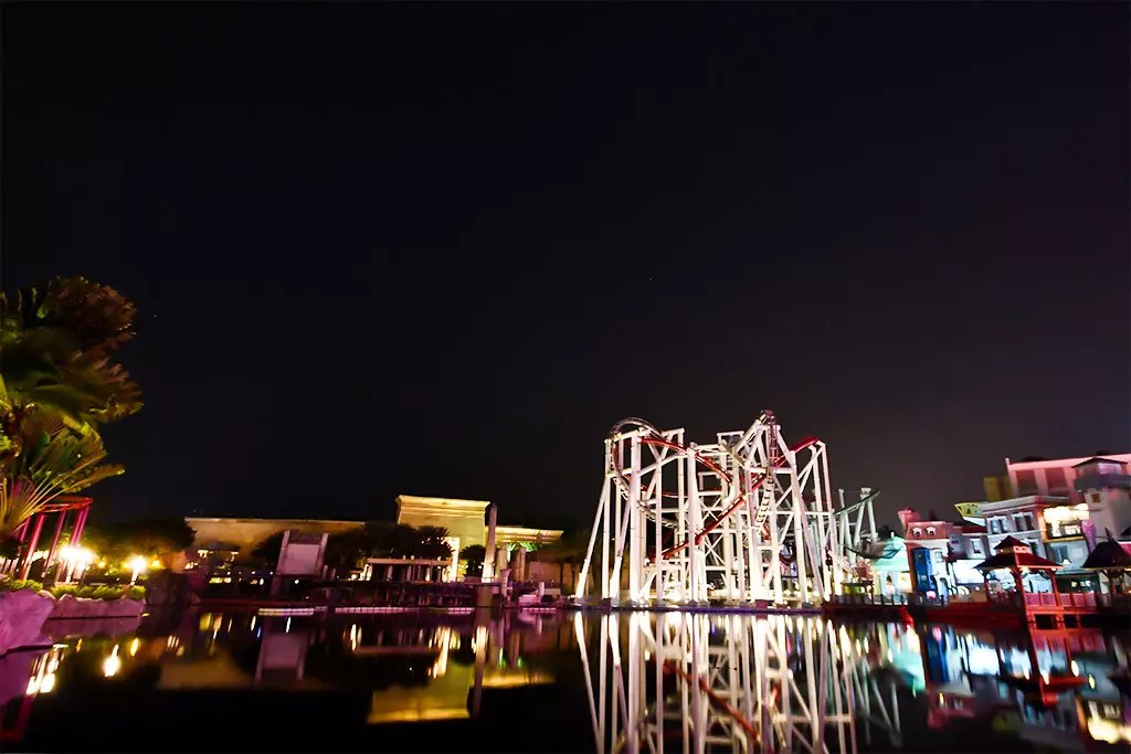Universal Studios Singapore at Night.