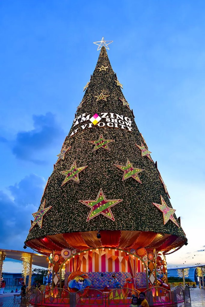 VivoCity Christmas Tree 2019