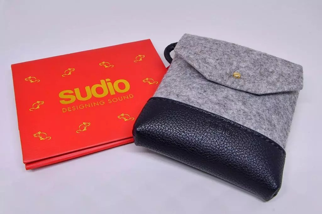 Sudio Chinese New Year Gift Packaging and Crossbody Pouch