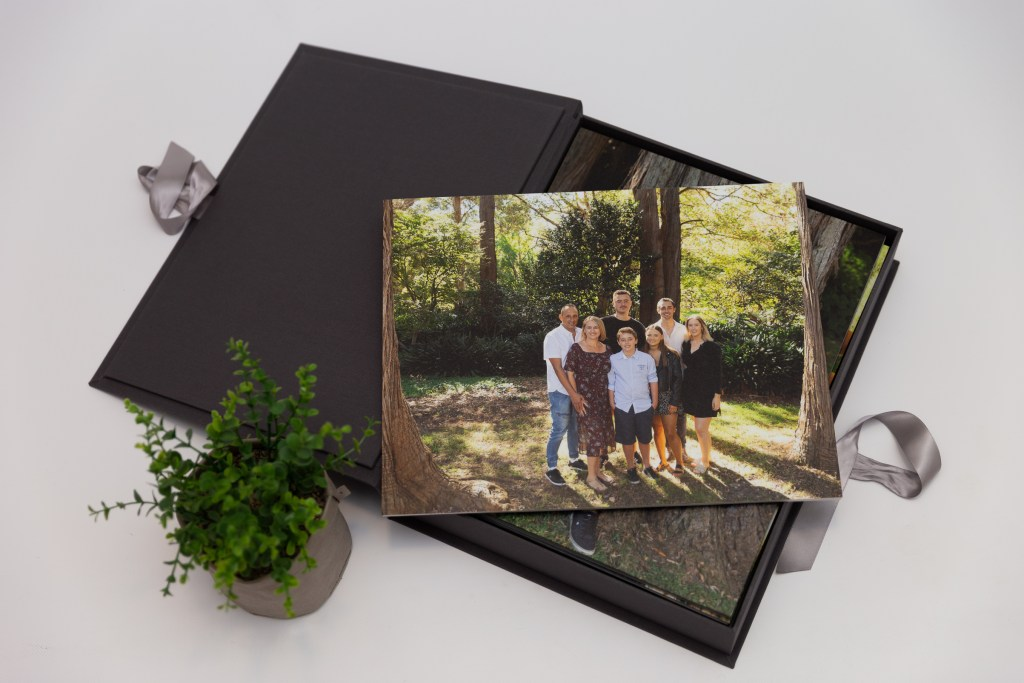 Outdoor professional family photographer