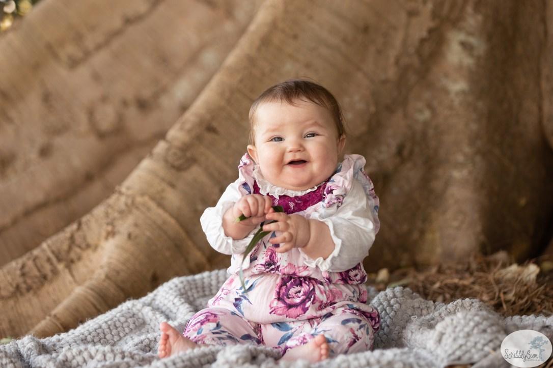 Wollongong outdoor baby photographer