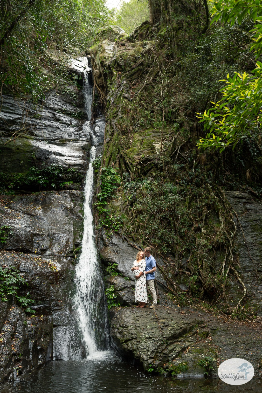 Professional Maternity Photoshoot outdoor waterfall