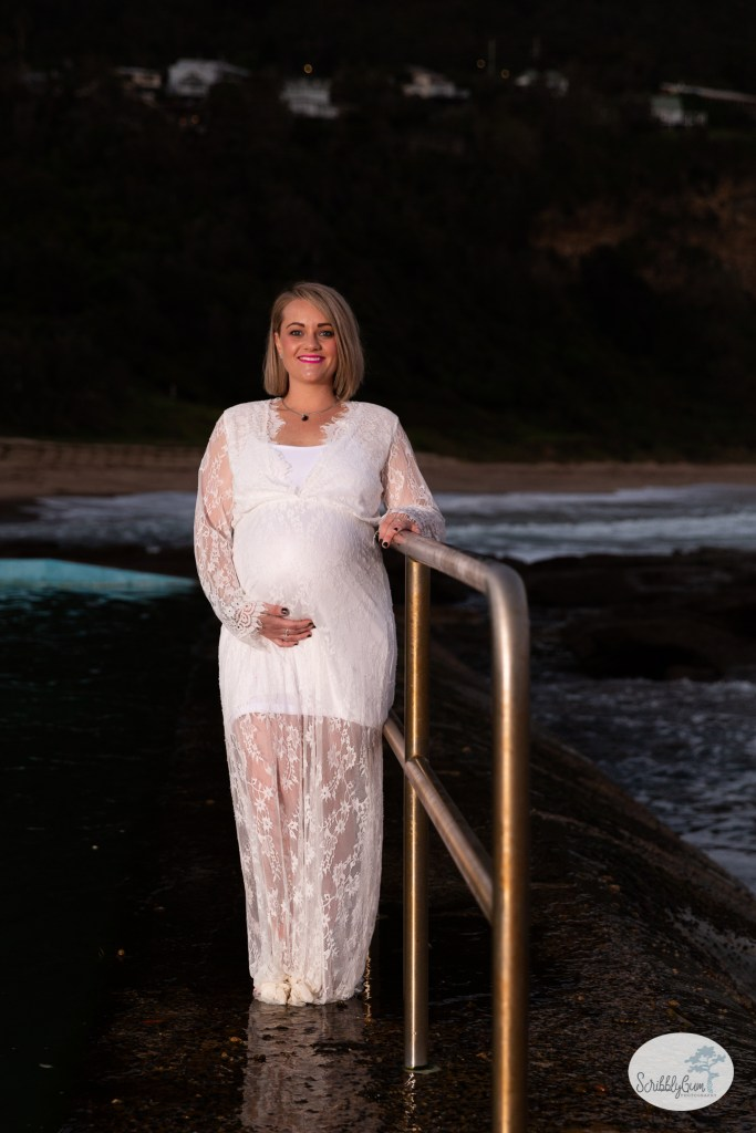 Beach Sunset Maternity Photoshoot Rocks Outdoor Pregnancy Maternity Photographer