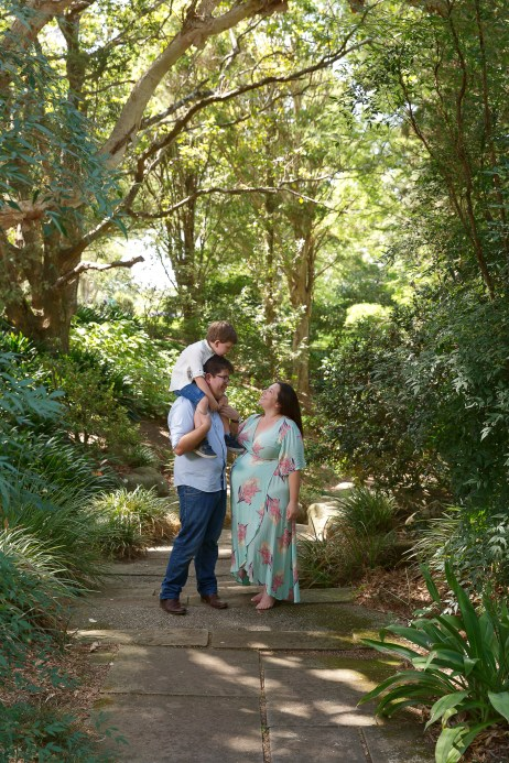 Shellharbour Maternity & Newborn Photographer Outdoors Garden with Family