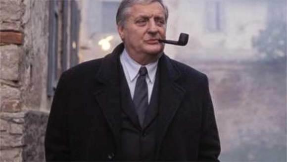 Le commissaire Maigret un aventurier français