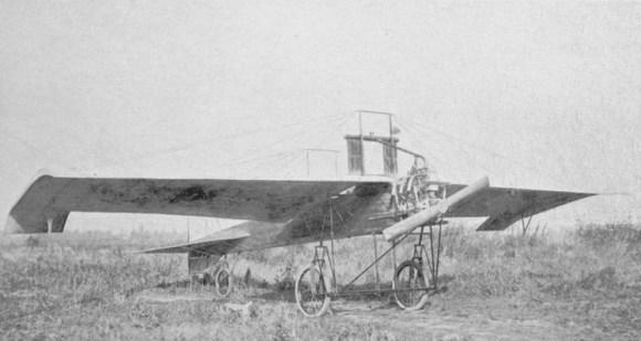 Marthe Niel - le monoplan Koechlin