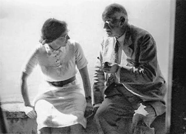 Aniela Jaffé e Carl G. Jung.