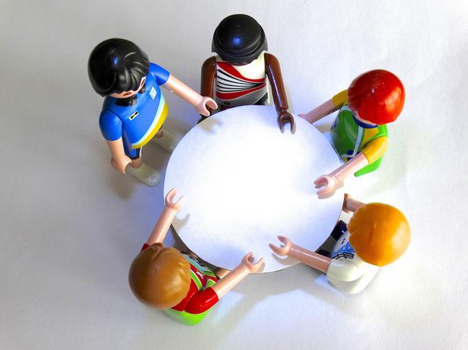 playmobil_figures_session_talk