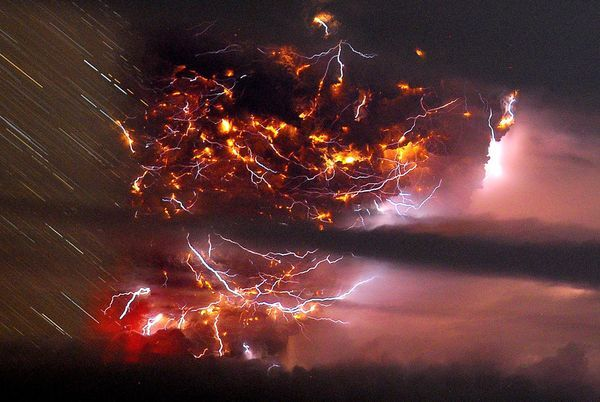 Photo of ჩილეში ამოფრქვეული პუიეუს ვულკანი (National Geographic-ის ფოტოები)