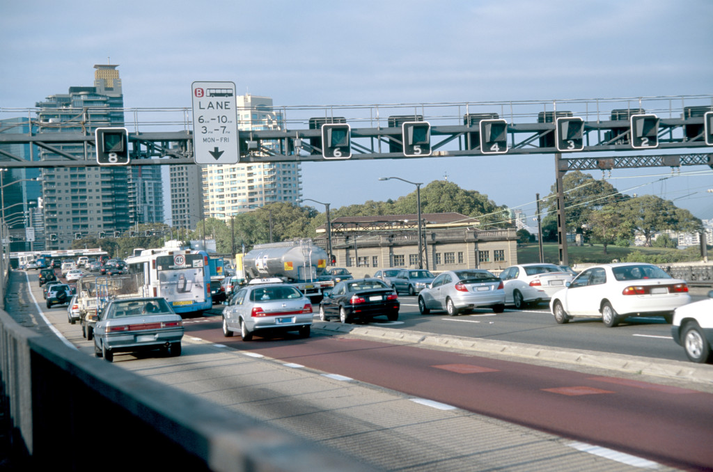 Traffic enters Sydney, the capital of New South Wales. (Jupiterimages/liquidlibrary/Thinkstock)