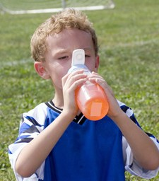 Acclimating your children to hot temperatures may help protect them from dehydration
