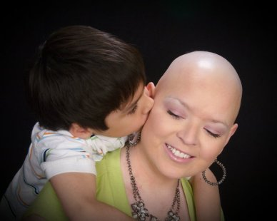 A special moment between Candice Stinnett and her son