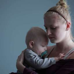 How to recognize the signs of postpartum depression