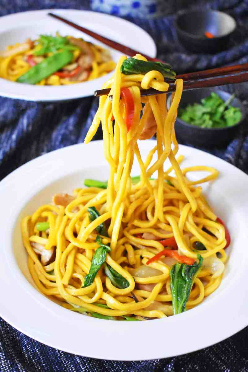 Easy Chicken And Hokkien Noodle Stir Fry Scruff Amp Steph