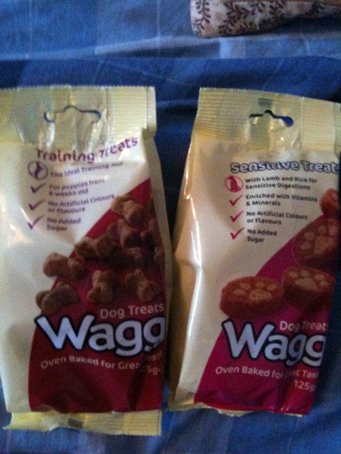 Wagg dog treats...as tested by blue (1/6)