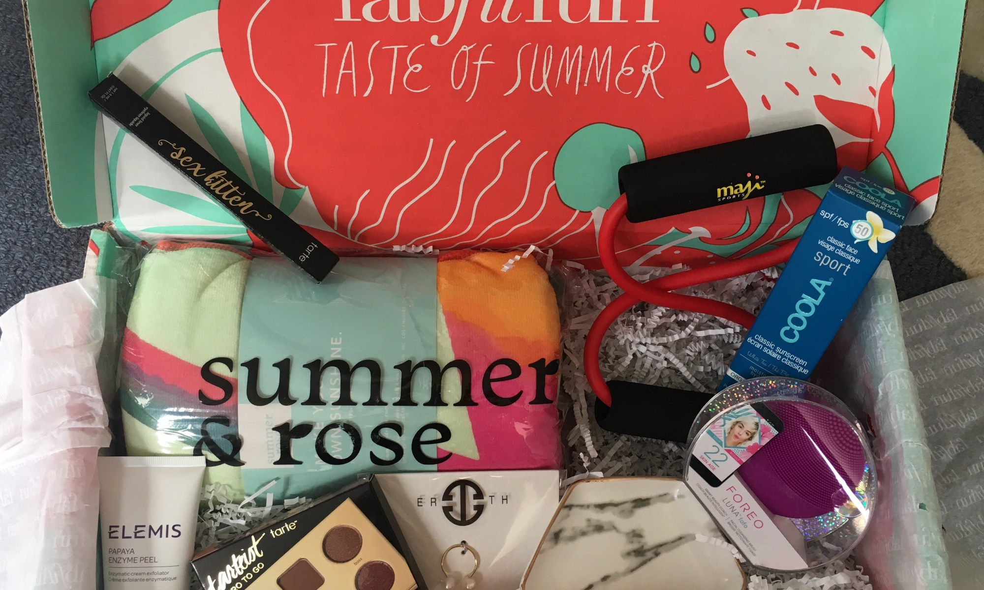 fabfitfun summer box 2018 review - $10 coupon code - scsscoop.com