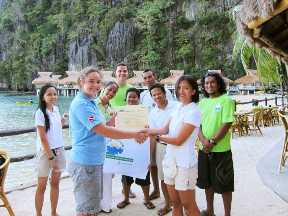 A dive center receives a Green Fins certificate