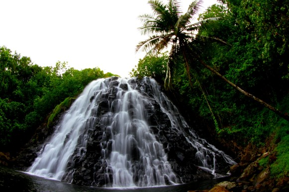 Kepirohi waterfall on Pohnpei © Richard Kotch, Pohnpei Surf Club