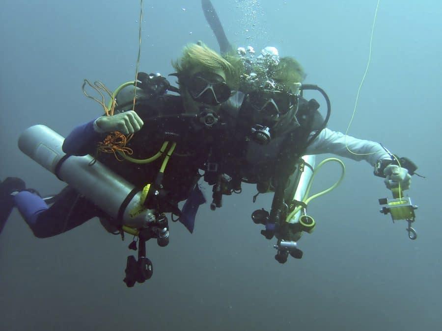 self reliant diving fun