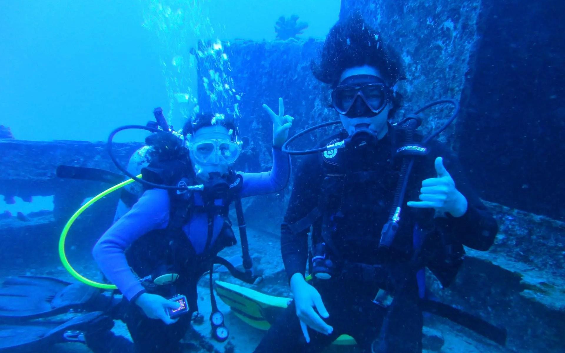 Shipwreck SCUBA Dive