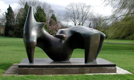 Henry-Moore-Reclining-Fig-002