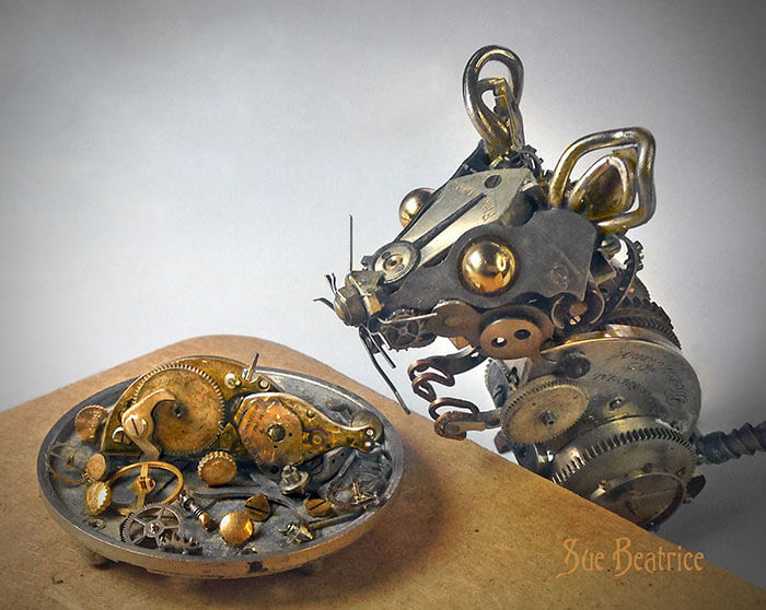 Steampunk mouse sculpture by Sue Beatrice